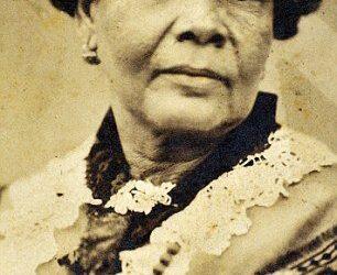 La enfermera olvidada, Lola Montalvo